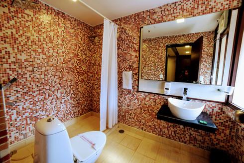 Premium Room (16).jpg