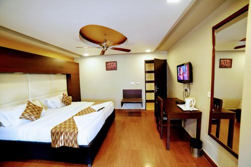 Premium Room (15).jpg