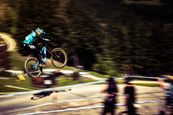uci dh leogang