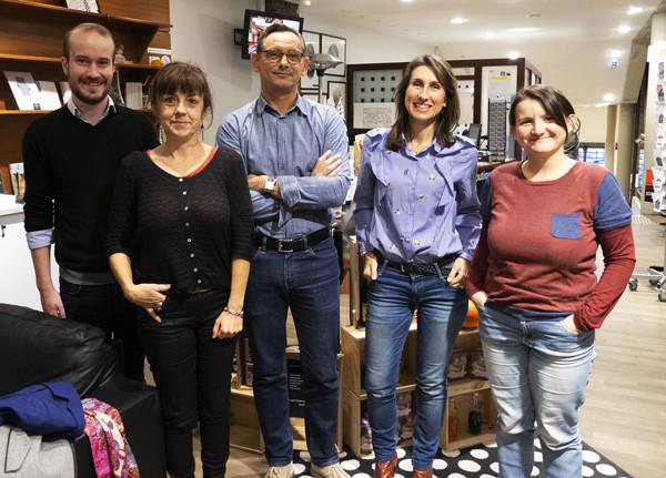 Far bay et l'équipe de l'Office du Tourisme de Rennes
