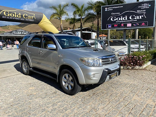 Toyota Hilux 4x4 SW4 7 3.0 7 Lugares 2009