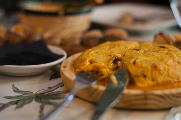 my foodie friend barcelona arume spanish omlette