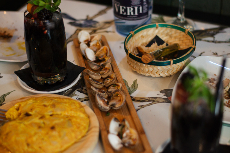 my foodie friend barcelona arume galician cockles