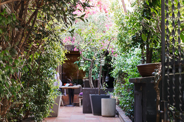 my foodie friend barcelona acontraluz sarria secret garden