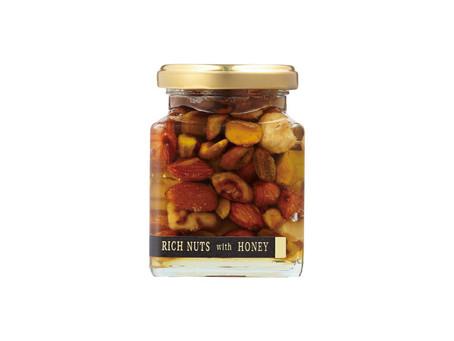 美容と健康の強い味方♪女性に人気の「ナッツの蜂蜜漬け(ハニーナッツ)」