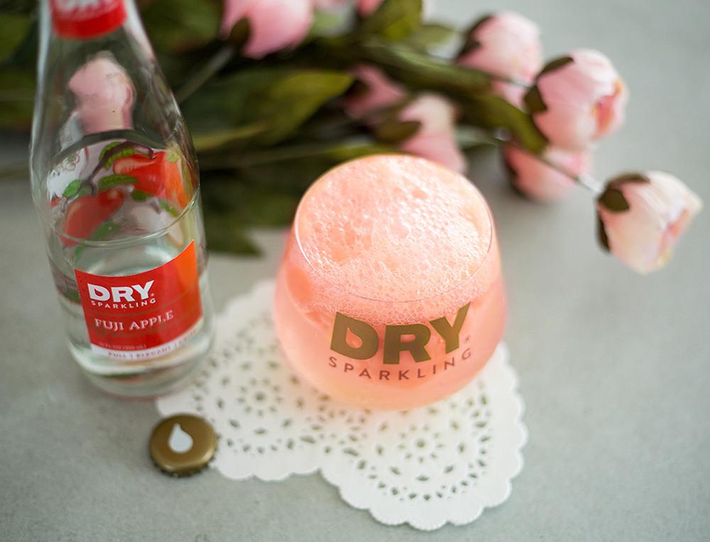 mocktail, float, sorbet, berry, sparkling, apple soda, dry sparkling, dry soda