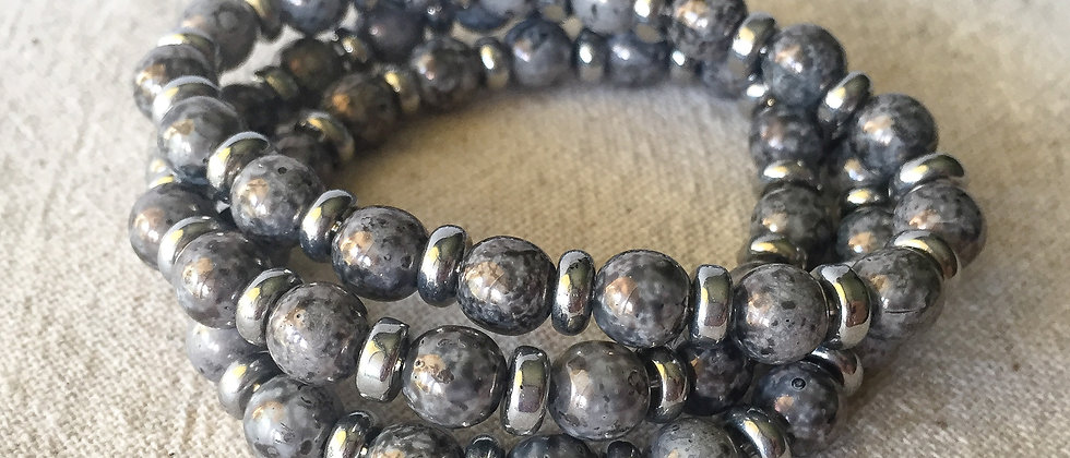 Grey Textured Glass Bracelet