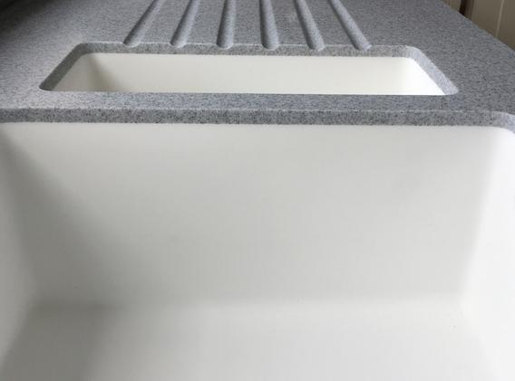 Staron Solid Surface Countertop