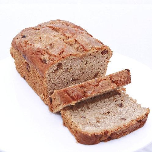 Apple Raisin & Cinnamon Cake