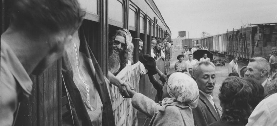 Mestre dentro do trem na chegada_edited.