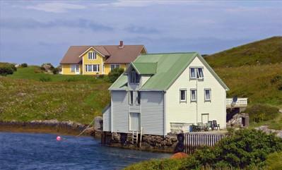 Andreasbua seen from the bridge to Fedøy