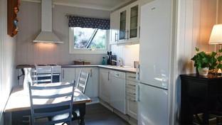 Kjøkken med oppvaskmaskin