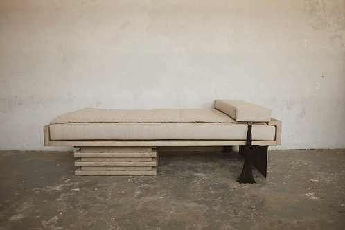 Bacchanal Daybed