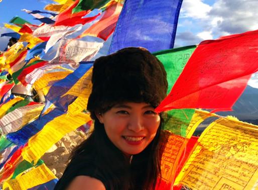 笑顔と歌声でチベットを照らし出せ!