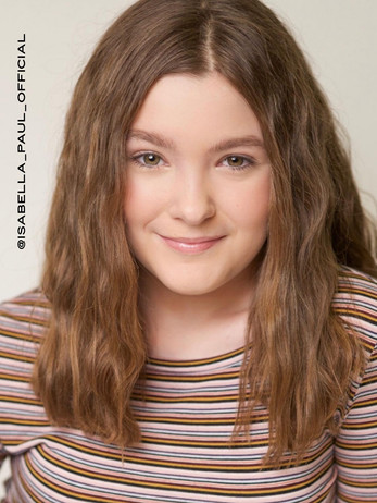 Tween headshot by Kelly Maier Photograph