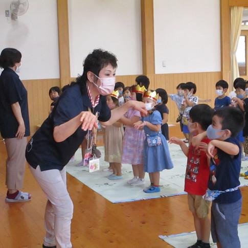 英語で遊ぼう!!(4・5歳児)