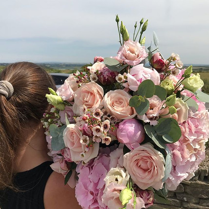 When bouquets are bigger than you!!! A b