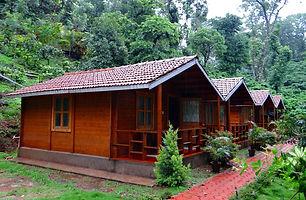 log-huts-345360_1280.jpg