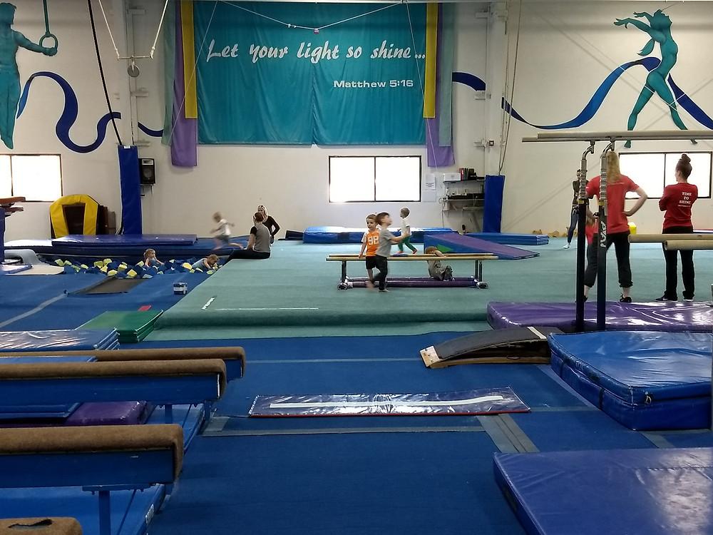 kids doing gymnastics