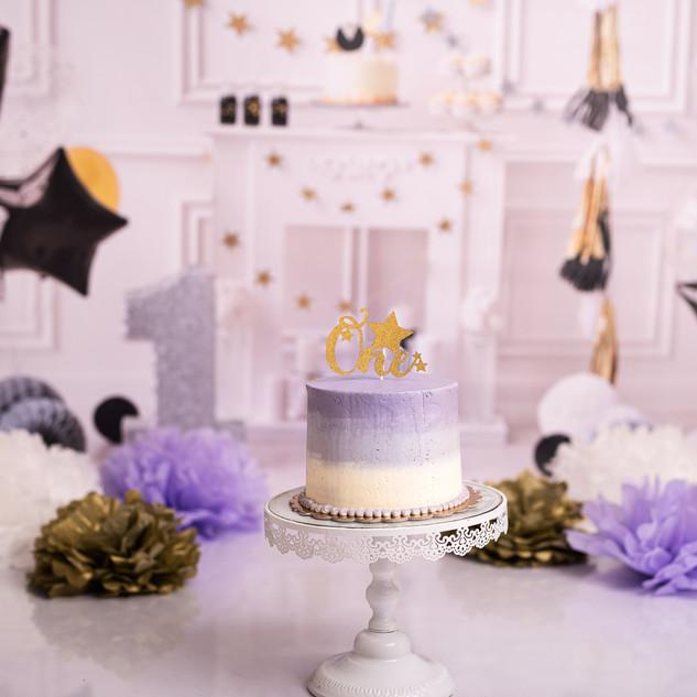 Black tie smash cake violet