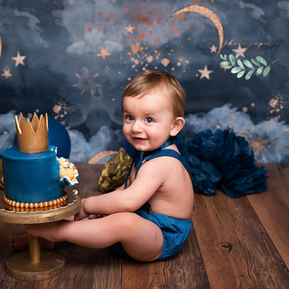 Moon navy cake happy one