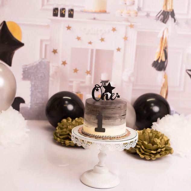 Black tie smash cake silver