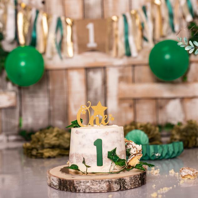 Green wood cake