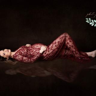 maternity bordeaux lace lanscape one