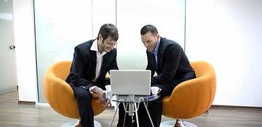 reunion de negocios en ingles