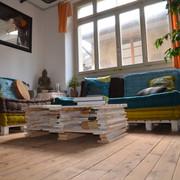Table basse et canapé