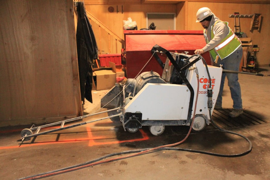 electric slab saw picture.jpg