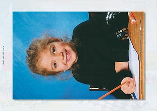 Portrait 17.5cmx26cm existe en Couleur o