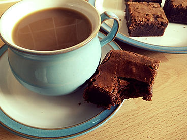 Enjoyng a gorgeous brownie with a coffee!