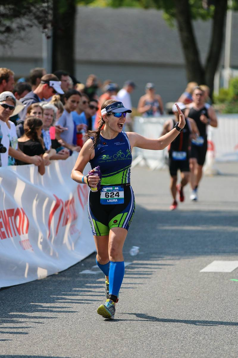 triathlete-running-finisher-shoot