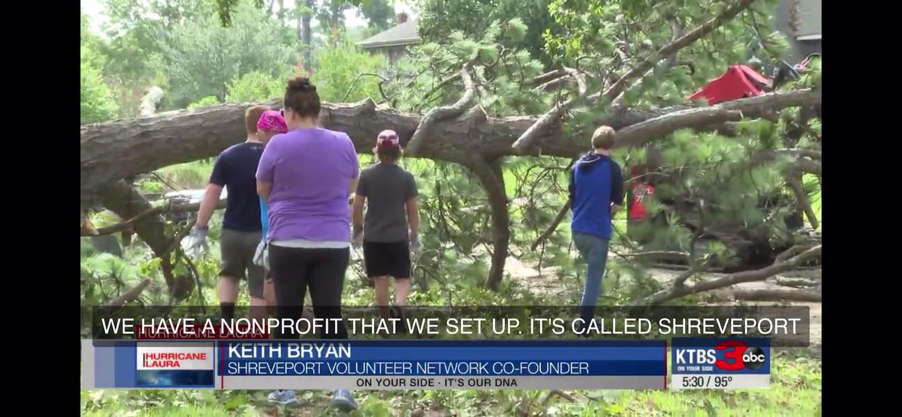 Shreveport volunteers help with storm clean up