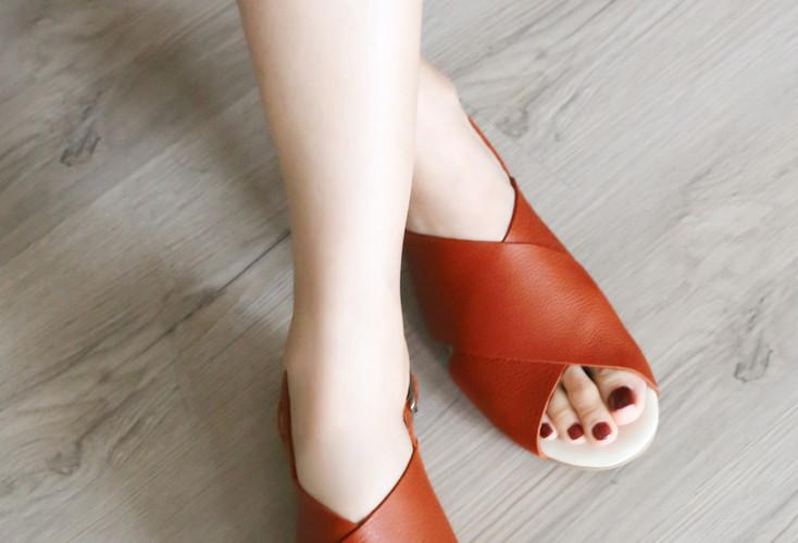 Ru-An, Soft Sandals : 3480 THB