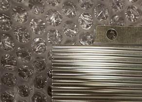 アルミニウム素材にニッケルボロン(Ni-Bメッキ)メッキってできるんです。