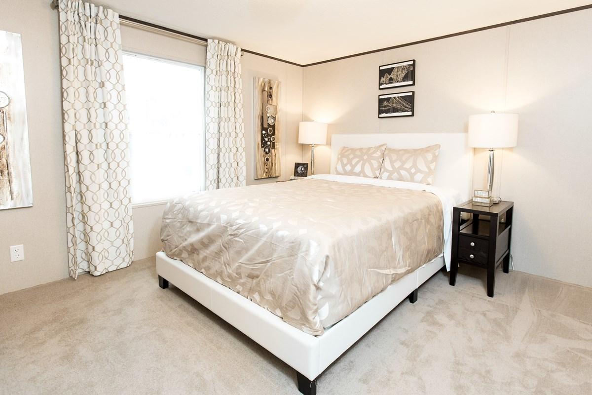 Manufactured-BLISS-36TRU14562AH-Master-Bedroom-20170323-1357595672767