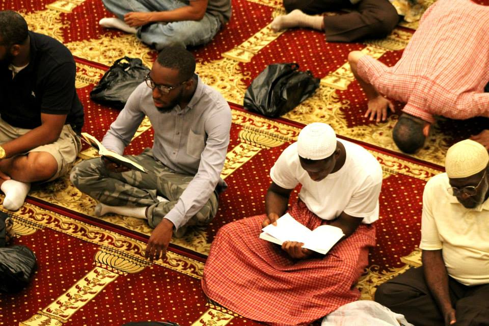 muslims_studying