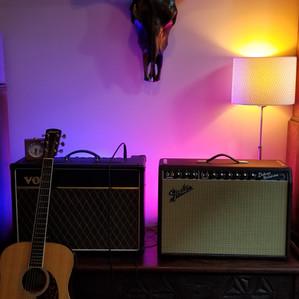 guitar-lessons-vancouver-amps-v.jpg