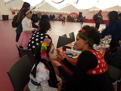 Pinta caras en el Carnaval