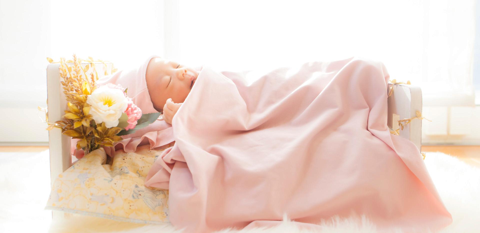 newborn用のベッドで撮影
