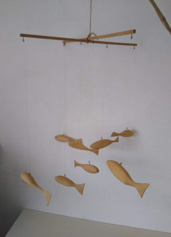 Fish mobile (oak)
