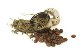 tea-leaves-coffee-beans-strainer-combina