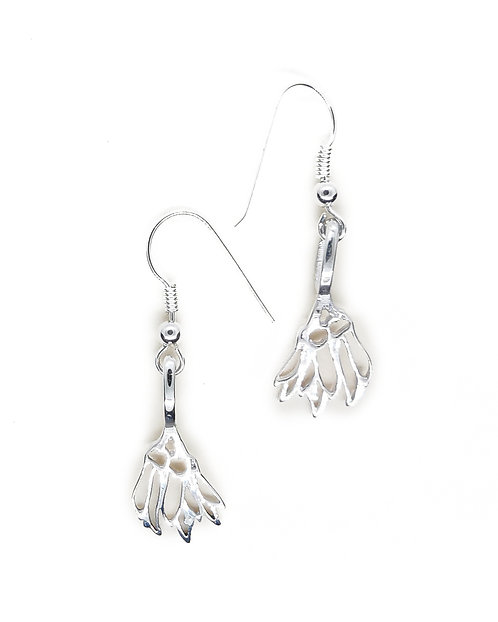 Sterling Silver Kowhai flower earring