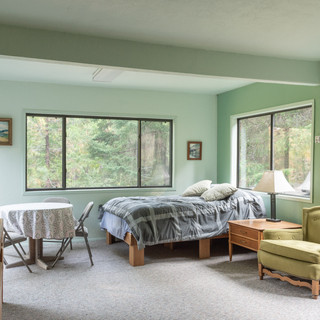 Master bedroom or Mother in law unit w/ private entry