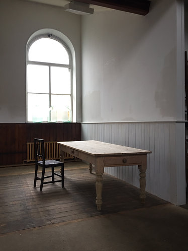 19thC BLEACHED PINE COUNTRY HOUSE KITCHEN TABLE