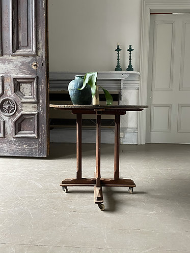 WEATHERED PINE ARTS & CRAFTS END TABLE
