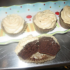 Chocolate Cupcakes with Peanut Butter Buttercream per dozen