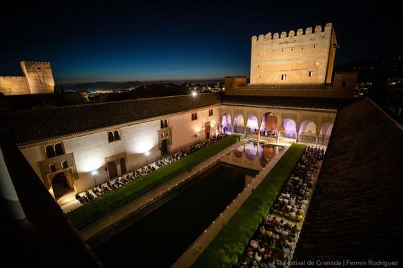 Patio de arrayanes of La Alhambra   Granada